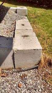 8 blocs de beton