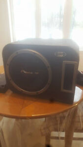 12INCH PIONNER CHAMPION SERIE SUBWOOFER AND KENWOOD KAC8104D AMP