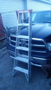6 ft Aluminum Step Ladder