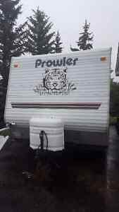 2004 Prowler Trailer Bunk House Lite 24ft -very clean