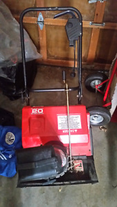20 inches electric snow blower like new