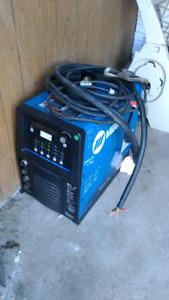 Miller Maxstar 350 dc inverter welder