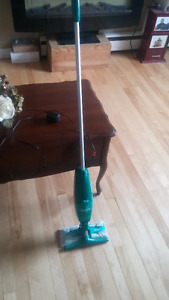 Swiffer Sweeper and Vacuum 2 in 1