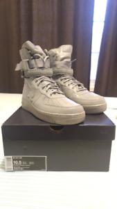 """DS Nike SF AF1 """"Dark Grey"""" size 10.5"""