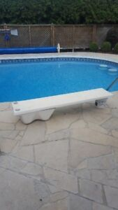 Excellent condition diving board and Base