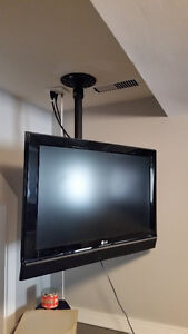 """LG 32"""" TV with ceiling mount"""