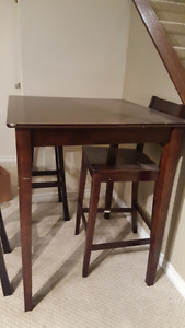 Tall table and chairs set