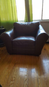 Beautiful brown leather chair $300.00