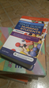SELLING: $25 MOSBY'S DRUG GUIDE FOR NURSING STUDENT 12TH EDITION
