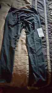 lululemon shine trousers London Ontario image 2