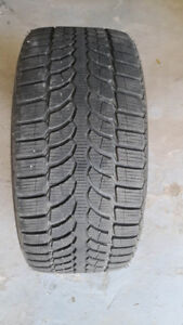 4 winter tires Bridgestone LM-32