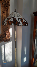 Wanted Tiffany style floor lamp,and table lamp .