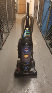 Bagless Bissell Vacuum Cleaner -- Available for Pick-up