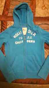 Ladies Hollister zip up. Size small