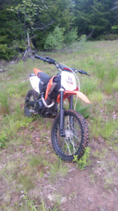2012 gio 250cc Dirt bike 4 stroke  600 Firm