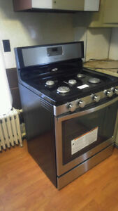Whirlpool Gas Stove never used great condition still under warra