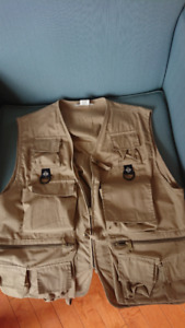Like New Columbia Performance Fishing Gear Vest