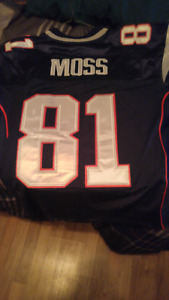 Reebok stitched patriots randy moss jersey for sale