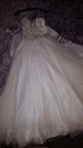 NEVER WORN ALLURE BALL GOWN London Ontario image 2