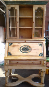 Secretary with removable hutch