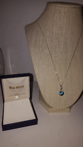 *New* White Gold Necklace with Blue Topaz stone and Diamonds