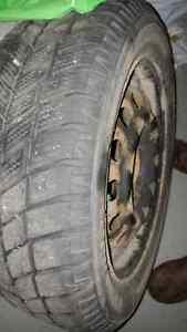WINTER TIRES EXCELLENT CONDITION WITH RIMS NEGOTIABLE West Island Greater Montréal image 2