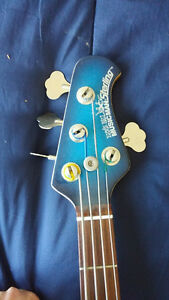 FS/Trade - USA made ErnieBall Music Man Bass (4-String) ($1500) Kingston Kingston Area image 6