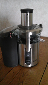 Breville  juice fountain- brand new