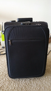 Moving sale: 20'' carry on luggage (need to sell before May 29)