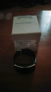 Samsung Galaxy Gear S1 *UNLOCKED*
