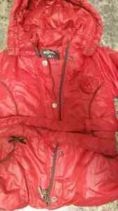 Excellent condition fall/winter /rain jackets  London Ontario image 7