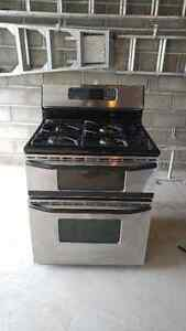 Stainless steel gas stove Belleville Belleville Area image 1