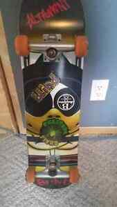 "Almost brand new ""blind"" skateboard"