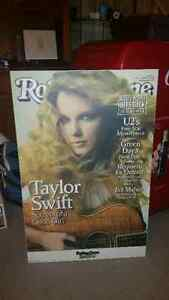 Taylor swift HUGE rolling Stones acrilik hard picture!!only 25$.