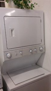 Full size stacking washer dryer