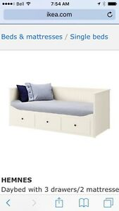 Wanted, 4 IKEA Hemnes Day Bed
