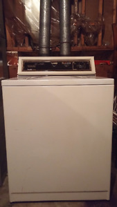 Good Working Washer Up For Grabs!