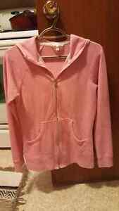 Victoria Secret sweat shirt 15$