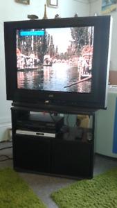 TV JVC 32 Flat screen (not LCD) $20