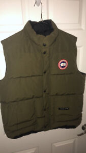 Canada Goose Vest Green Large