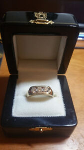 new one stamped 14kt yellow gold mans 3-stone band