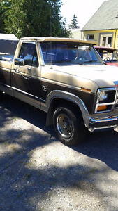 1986 Ford F-150 XL Pickup Truck