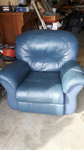 BLUE LEATHER RECLINING CHAIR AND NAVY RECLINING SOFA