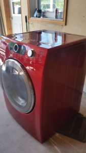 Samsung Clothes Dryer - reduced
