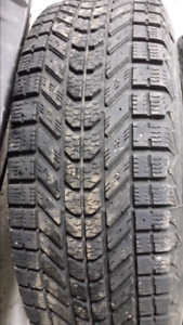 4 winter tires 215/70/16