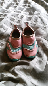 Toddler size 5/6 water shoes