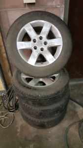 Nissan Altima rims and tires 205/55 r16