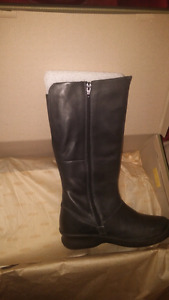 Keen Boots femmes a vendre size 8 Brand new