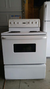 Frigidaire Electric Stove For Sale