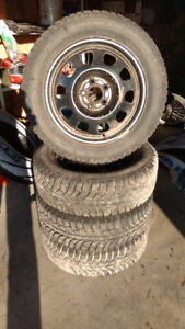 Winter Snow Tires and Rims 215/60R17 5X114.3